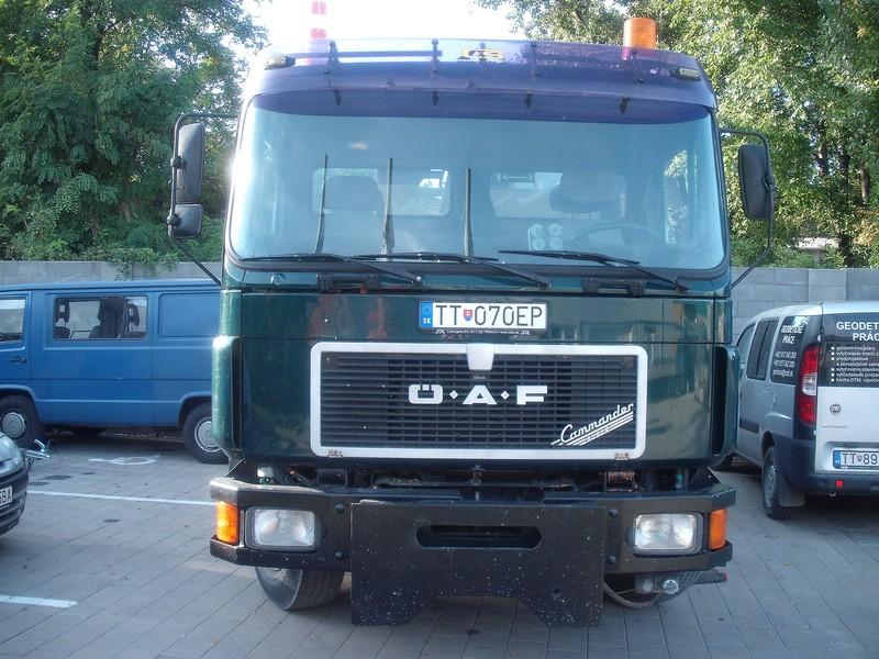 Sklápač OAF 18–232 s hydraulickou rukou